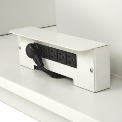 Features_DentalTable_Electric Outlets